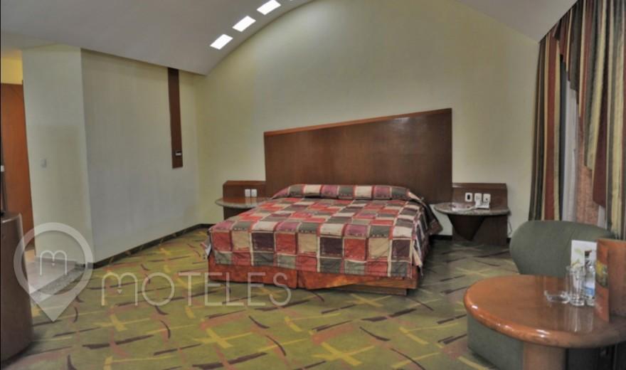 Habitacion Hotel Suite Jacuzzi del Motel Aranjuez Suites & Villas