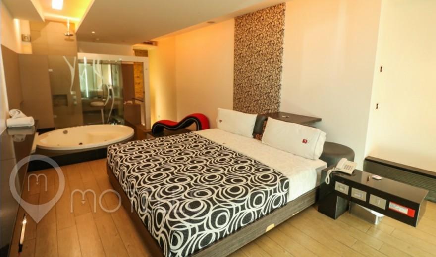 Habitacion Suite Jacuzzi del Motel Blau Hotel & Suites