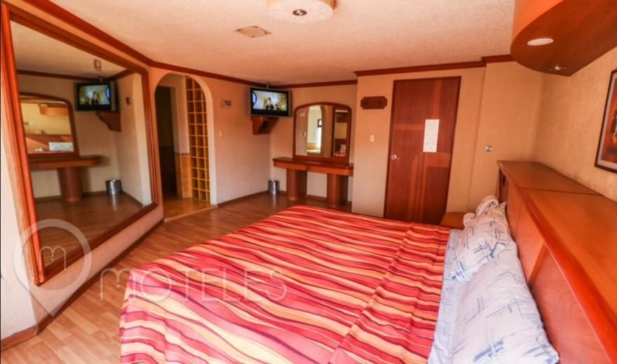 Habitacion Torre con Jacuzzi del Motel Cabanna Hotel & Villas