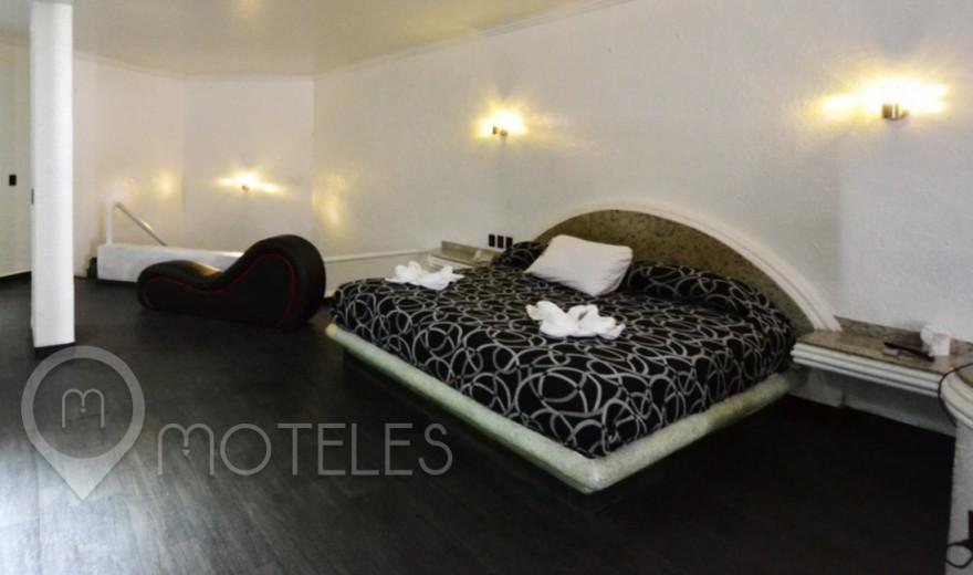 Habitacion Motel Jacuzzi del Motel Canceleira