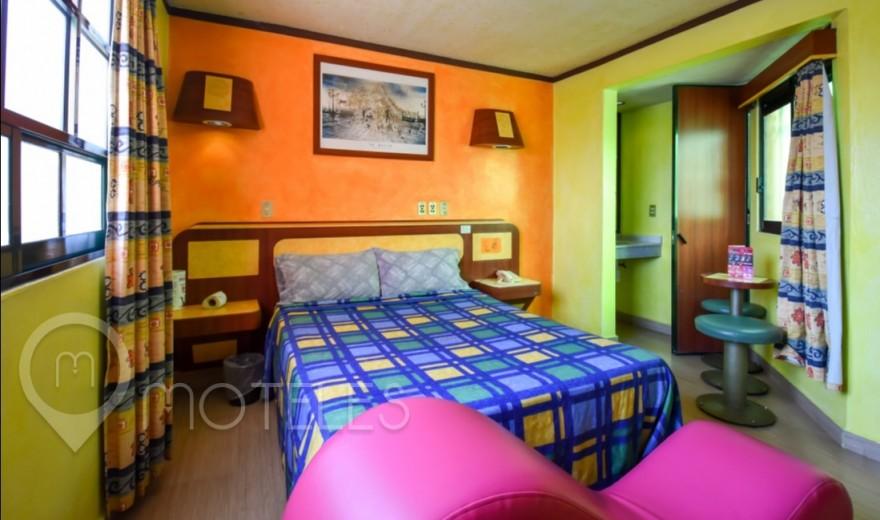 Habitacion Sencilla con Potro  del Motel Capuchinas