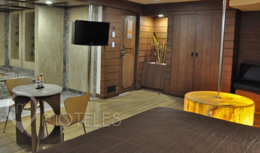 Habitacion Torre Jacuzzi del Motel Suites & Villas Contadero