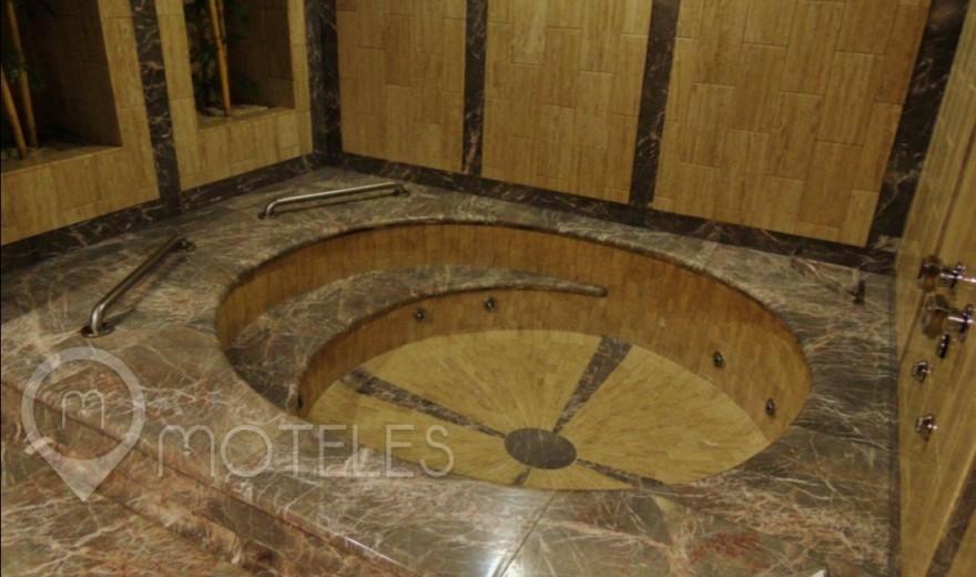Habitacion Torre Jacuzzi con Sauna del Motel Suites & Villas Contadero