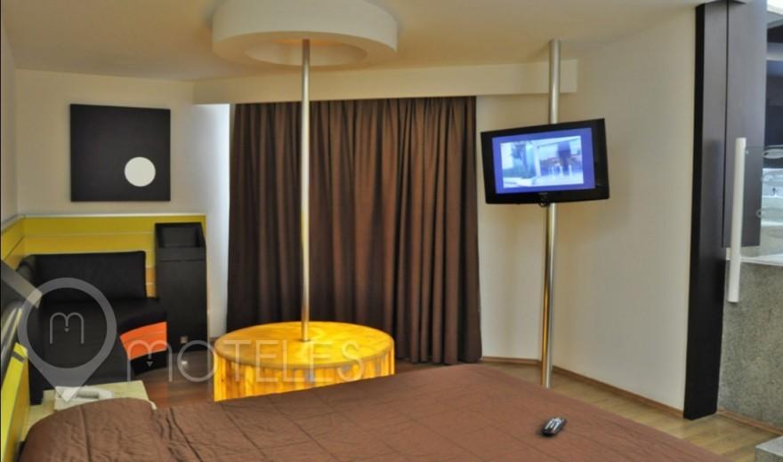 Habitacion Villa Jacuzzi con Sauna del Motel Suites & Villas Contadero