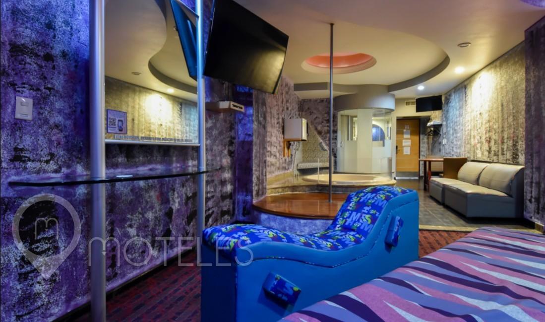 Habitacion Suite Jacuzzi del Motel AutoHotel Fantasy