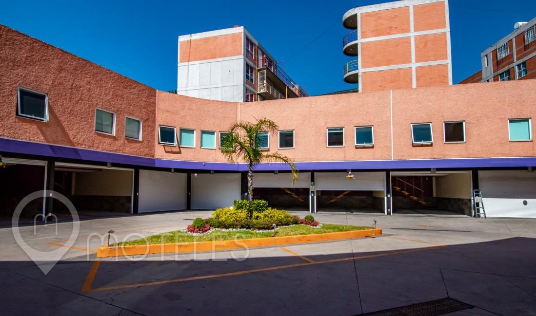 Motel Ferri Hotel & Suites