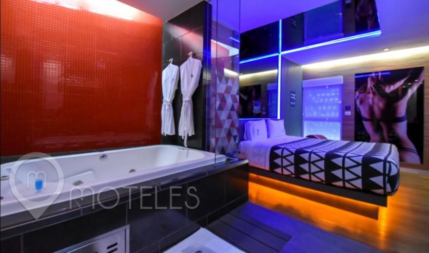 Habitacion Villa Jacuzzi del Motel Interlove
