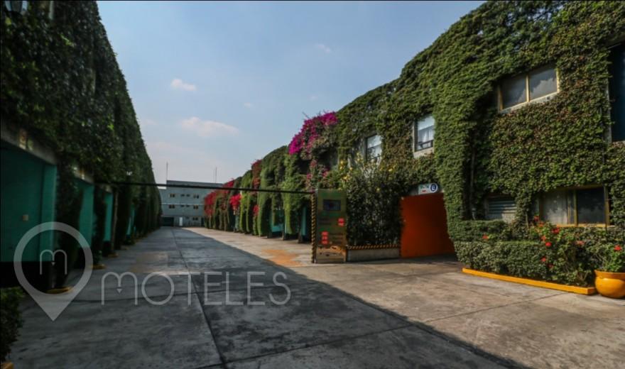 Motel Jardines de Churubusco Hotel & Villas