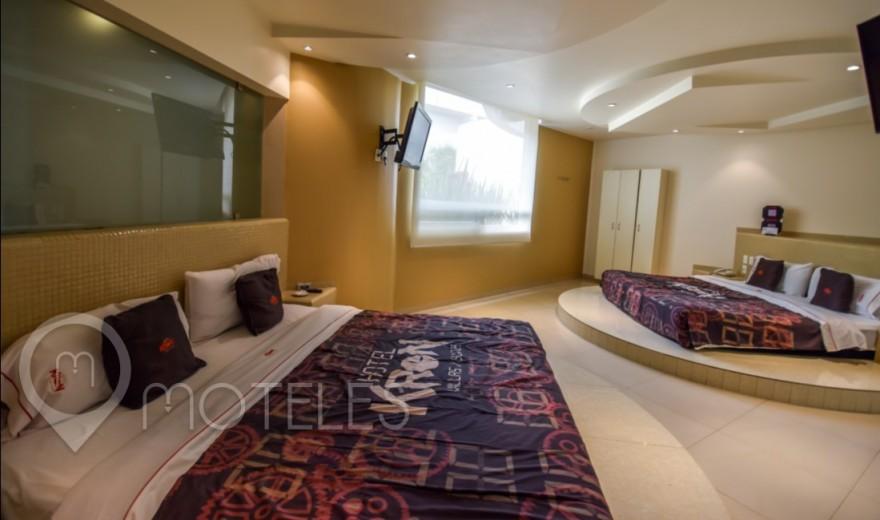 Habitacion Torre Doble Jacuzzi del Motel Kron Villas & Suites