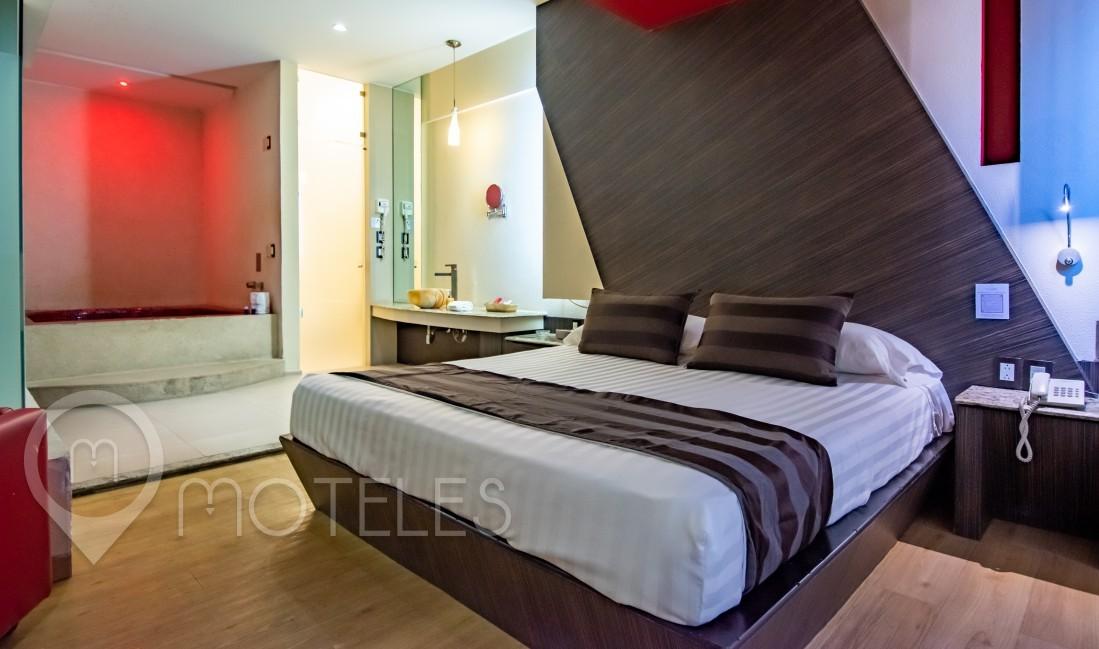 Habitacion Torre Suite & Alberca del Motel La Moraleja Villas & Suites