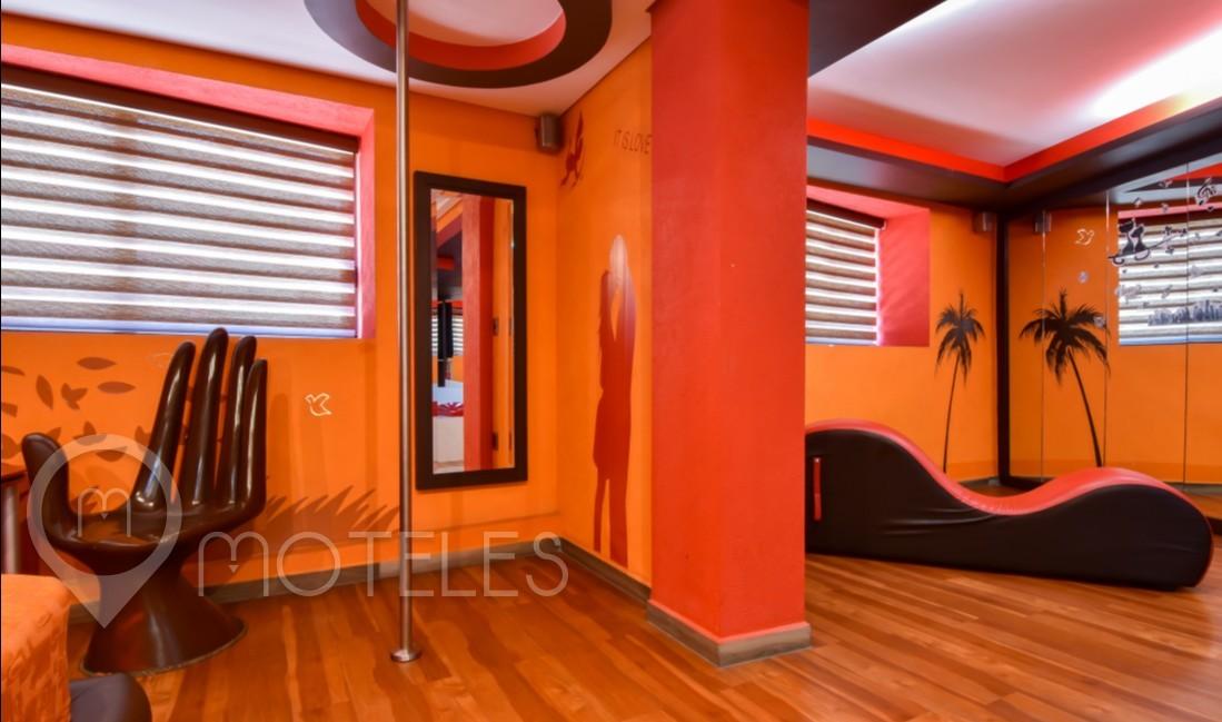 Habitacion Master Suite Jacuzzi del Motel La Raza
