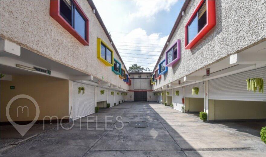 Motel La Raza