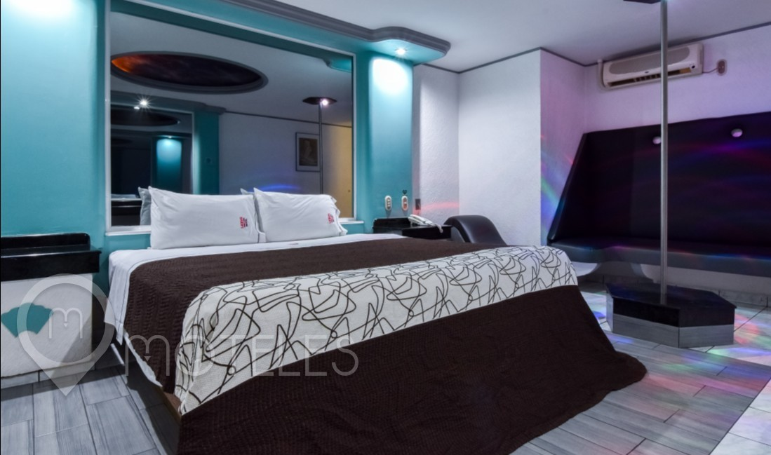 Habitacion Sencilla con Tubo del Motel Lexus