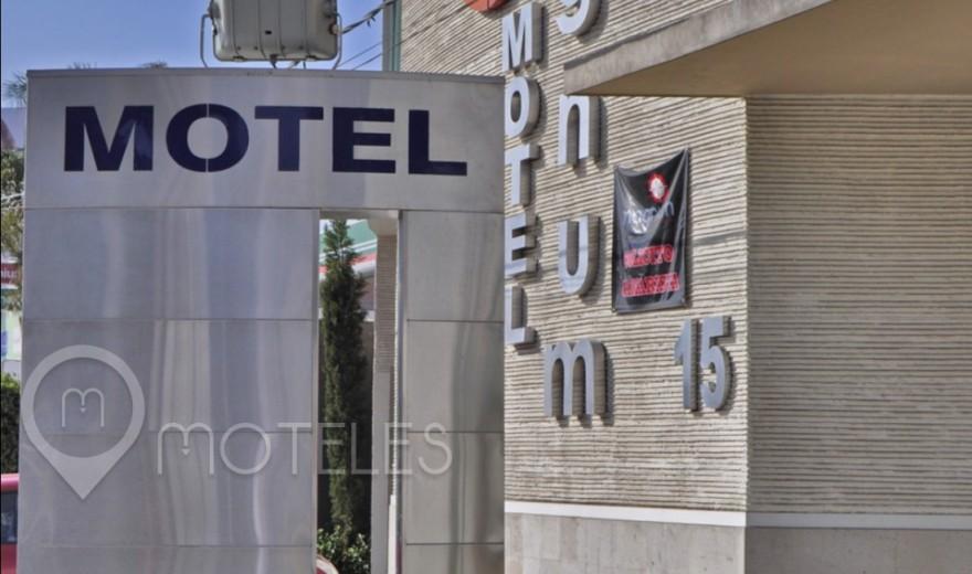 Motel Magnum