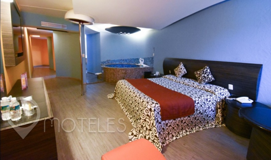 Habitacion Jacuzzi  del Motel La Flor
