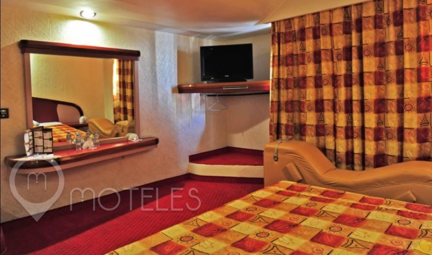 Habitacion Suite del Amor con Potro del Motel Auto Hotel Niza