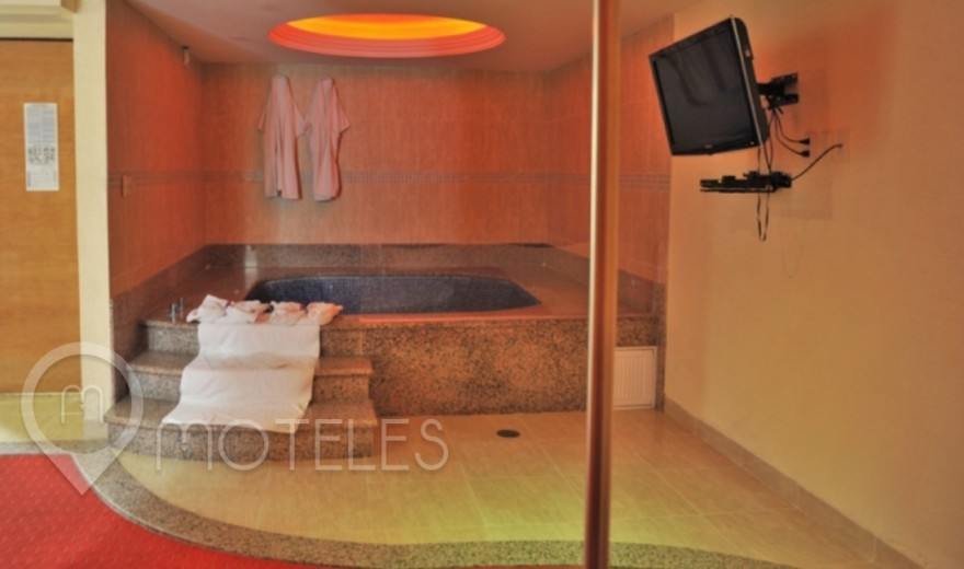 Habitacion Suite Jacuzzi del Motel Auto Hotel Paris