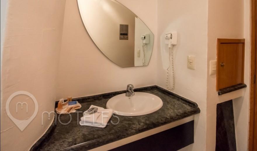 Habitacion Torre Junior del Motel Pasadena Hotel & Villas