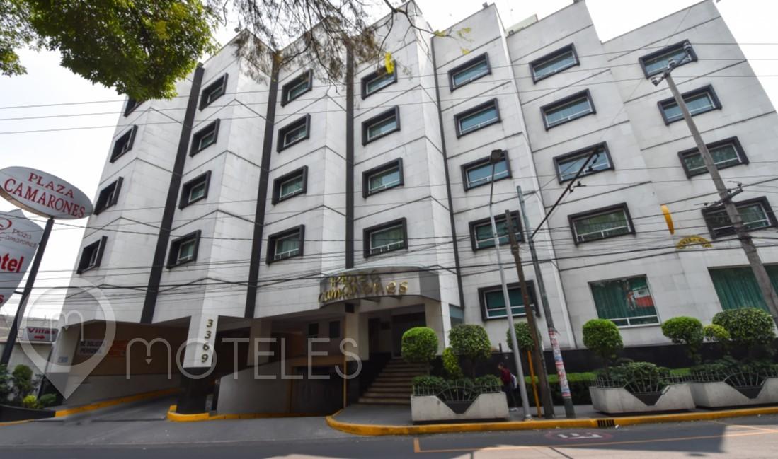 Motel Plaza Camarones Hotel & Villas
