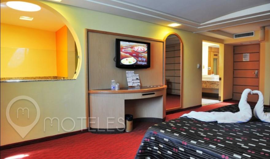 Habitacion Jacuzzi del Motel Plaza del Rey Hotel & Villas