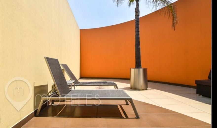 Habitacion Terraza Jacuzzi del Motel Plaza del Rey Hotel & Villas