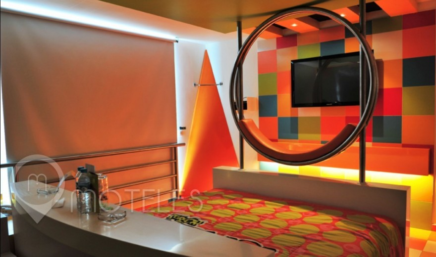 Habitacion Suite Jacuzzi del Motel Pop Life