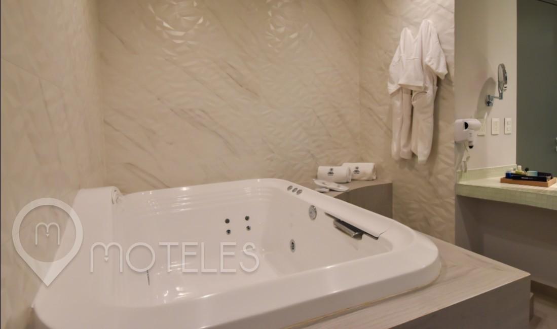 Habitacion Jr Suite Jacuzzi  del Motel Quinto Elemento