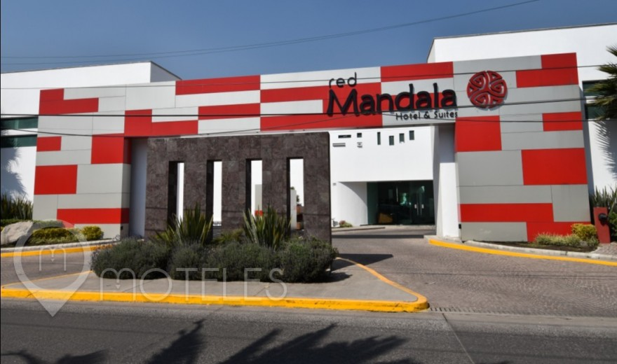 Motel Red Mandala Hotel & Suites