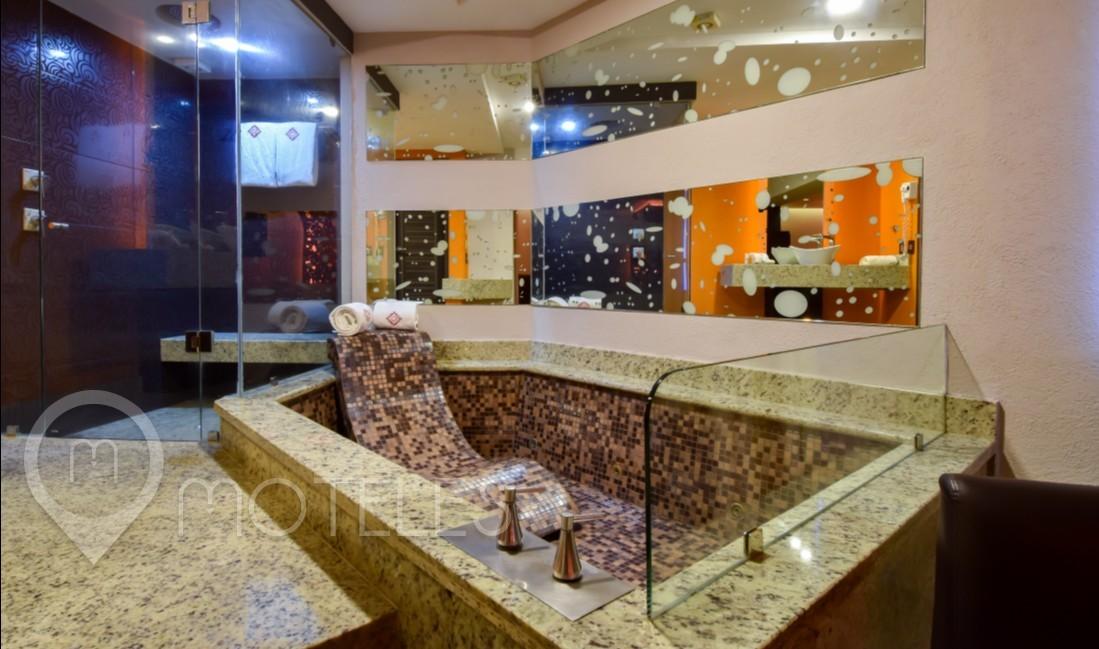 Habitacion Jacuzzi Hotel del Motel RomAmor
