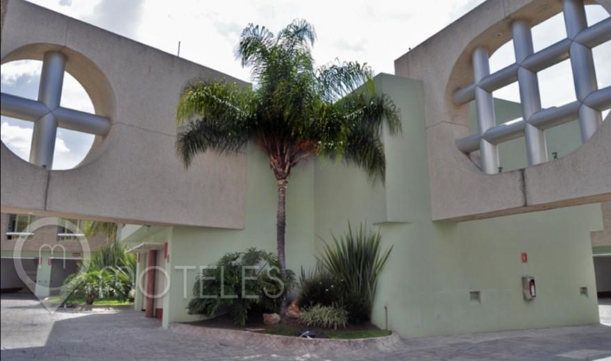 Motel Suites & Villas Tikal