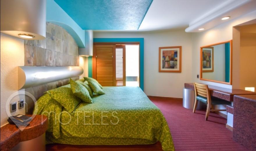 Habitacion Villa Jacuzzi del Motel Suites & Villas Tikal