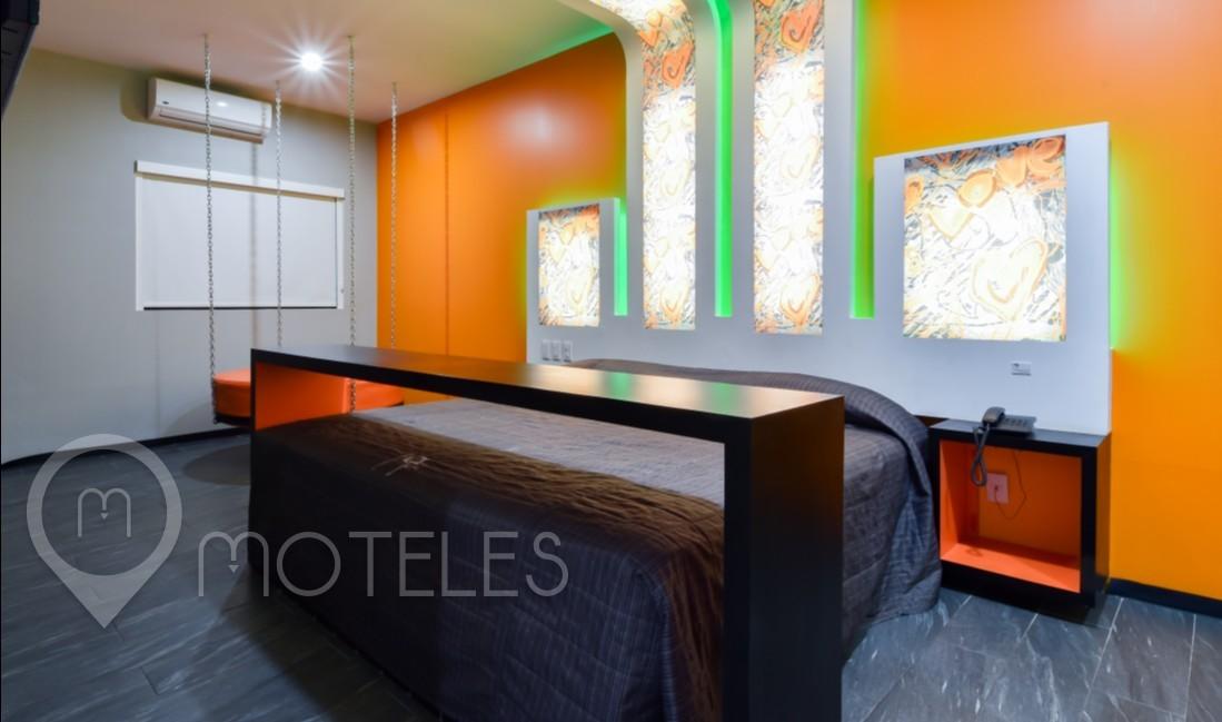 Habitacion Frambuesa Suite Vapor-Jacuzzi  del Motel Turista Las Flores