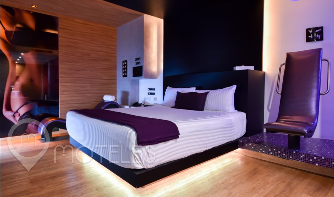 Habitacion Pool & Spa del Motel V Motel Boutique Sur