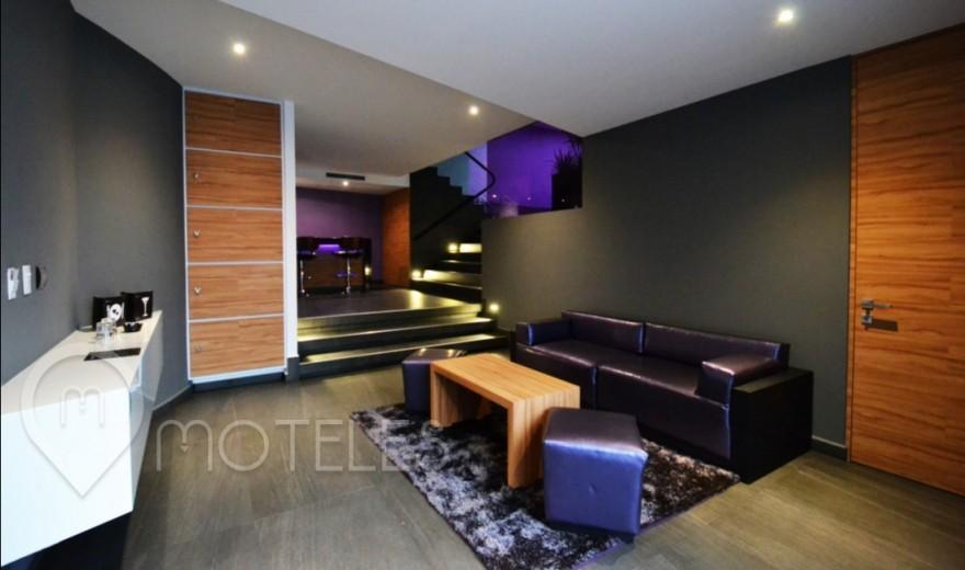 Habitacion Pool Villa del Motel V Motel Boutique Sur