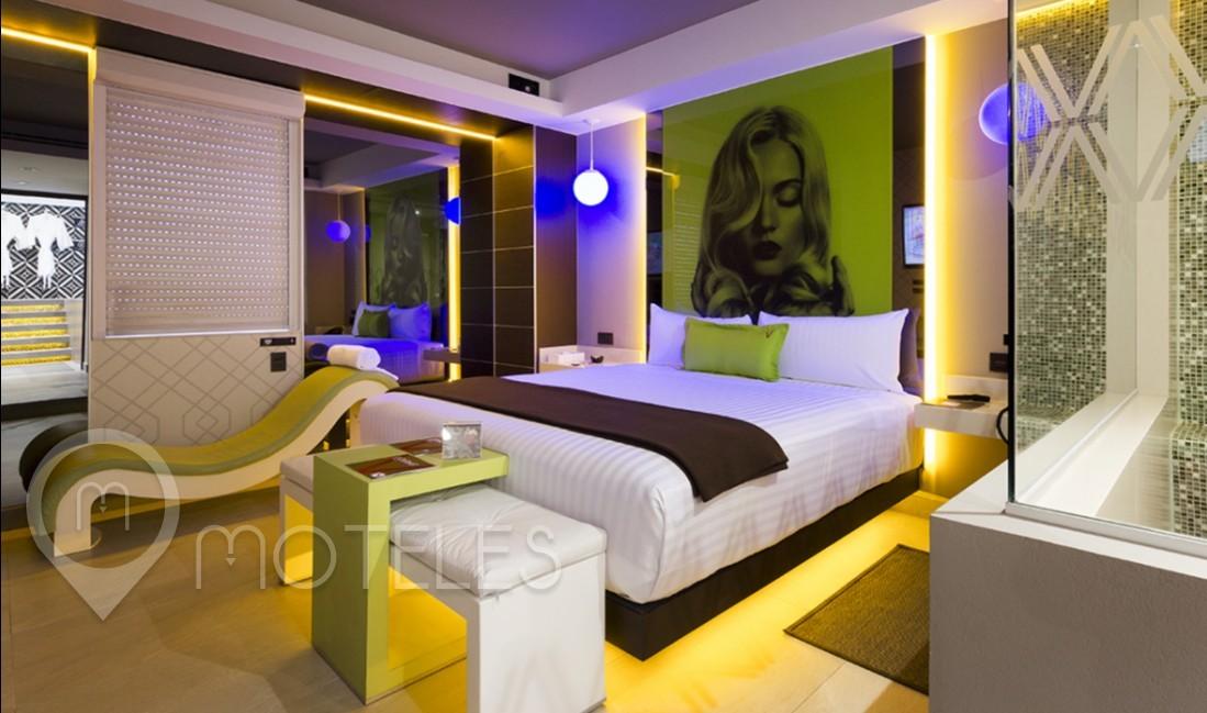 Habitacion Pool & Spa Suite  del Motel V Motel Boutique Viaducto
