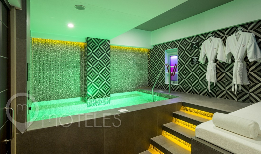 Habitacion Pool & Spa Suite  del Motel V Motel Boutique Viaducto