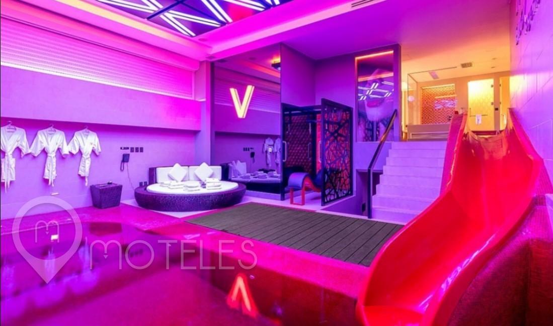 Habitacion Pool Villa del Motel V Motel Boutique Viaducto