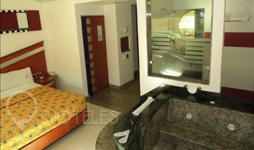 Habitacion Hotel Jacuzzi del Motel Verona Hotel & Suites