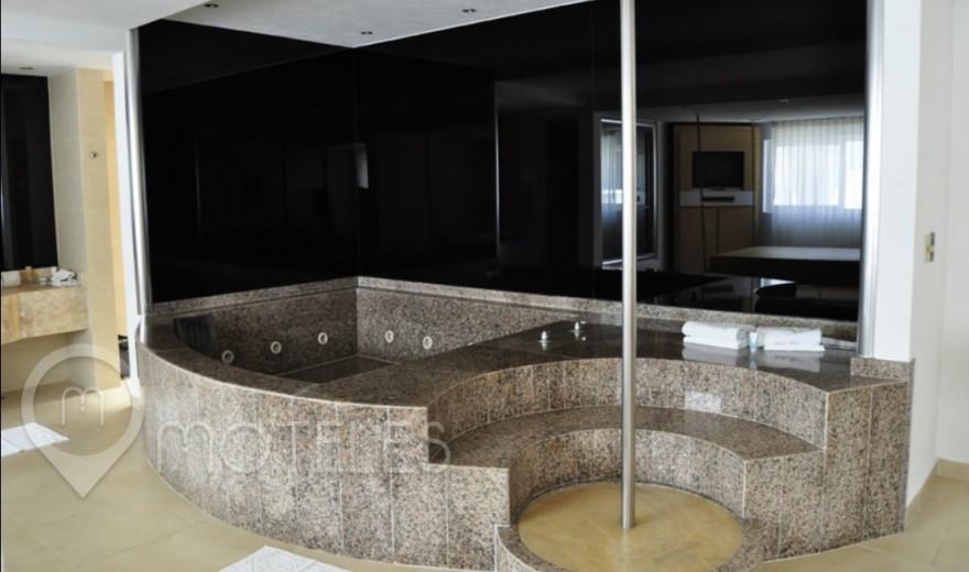 Habitacion Suite Jacuzzi del Motel Xol-Ha